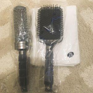T3 Hair brush and hair towel sets